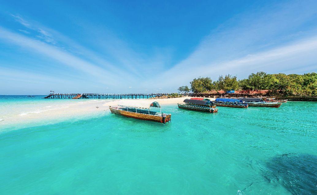 Zájazd safari Tanzánie a relax na pláži Zanzibar